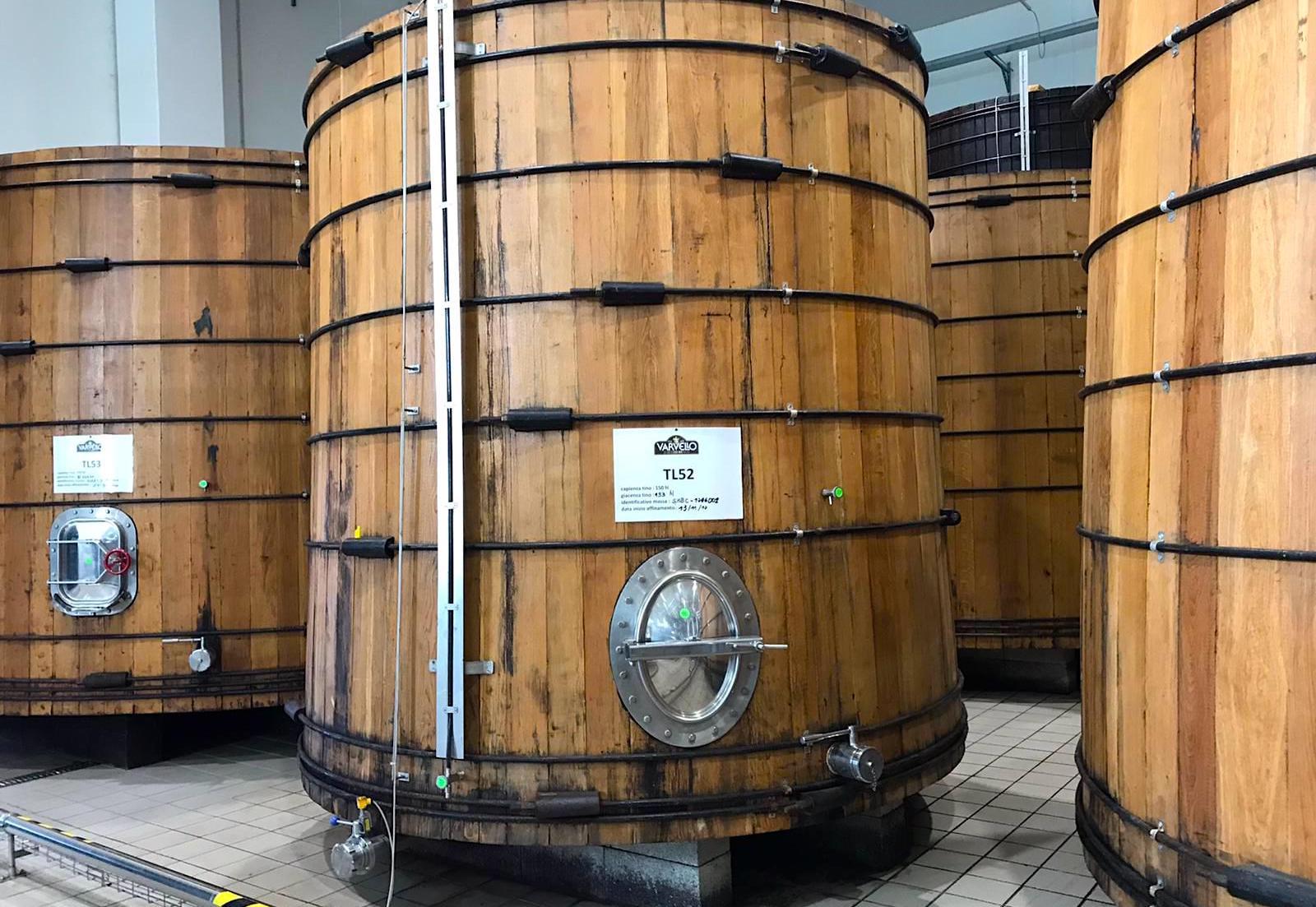 balsamic vinegar of Modena PGI barriques