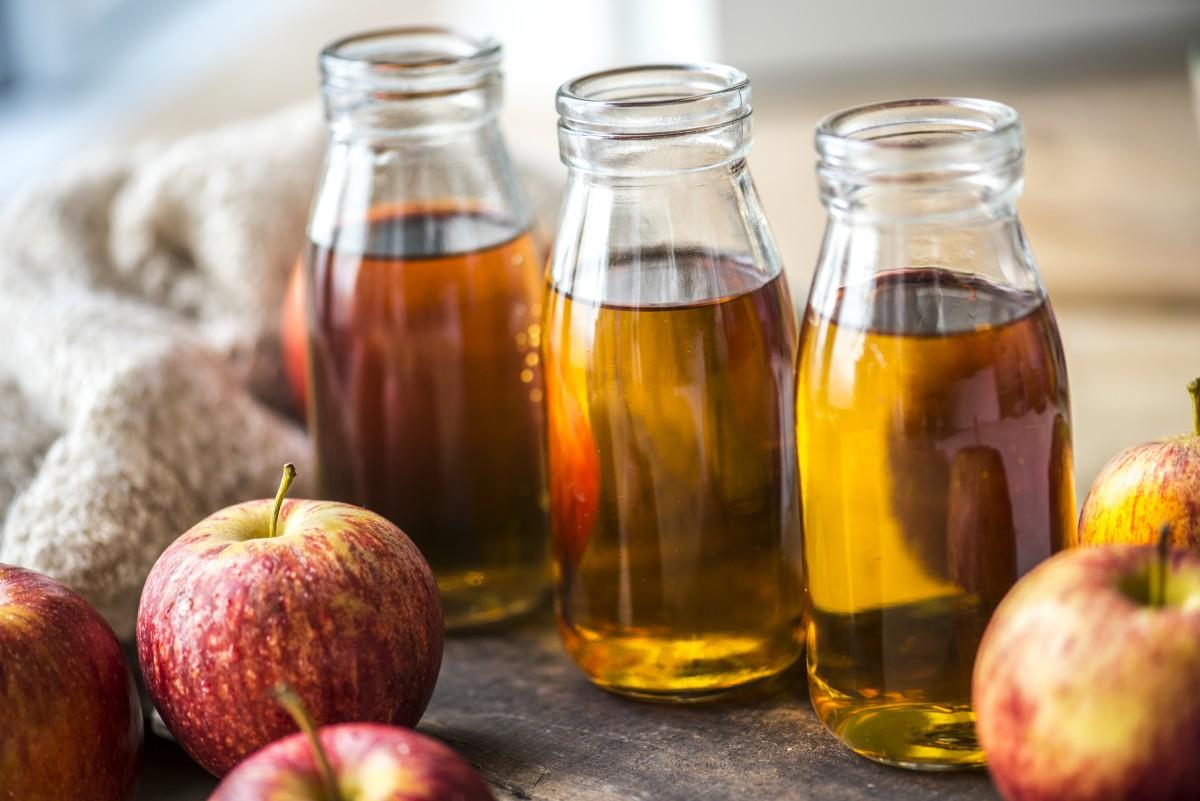 aceto di mele per capelli proprietà e benefici